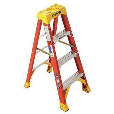 Werner 6204 4 Ft. Fiberglass 300 Lb. Stepladder Type Ia