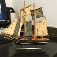 LOOKING FOR small wooden ship models