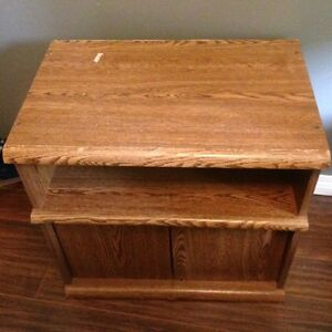 Tv stand top swivels