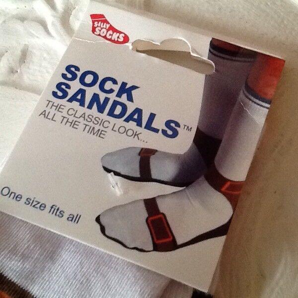 1 pair of novelty sandal socks one size