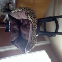 Beautiful lepoard print pet bed for sale