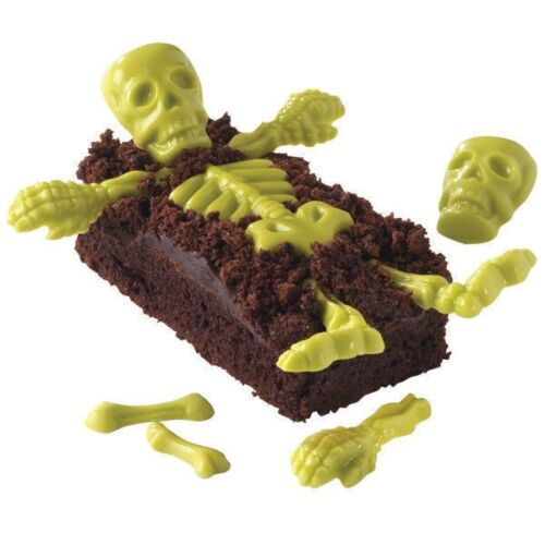 wilton-candy-mold-skeleton-bones-6-design-20-cavity-day-of-the-dead-halloween.JPG