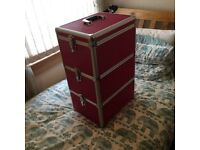 Mobile beauty trolley case