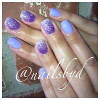 Professional gel nail services !