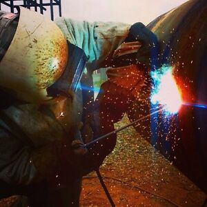 Rig welder for hire