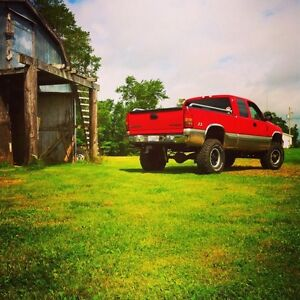 Lifted chevrolet z71