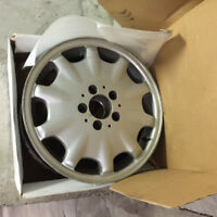 Mercedes E-Class alloy rims -- just $200 for all four