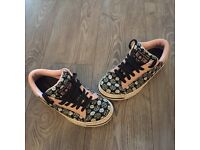 Immaculate Hardly Worn Converse All Star Trainers Women's UK6.