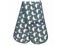Waddling Ducks Double Oven Gloves