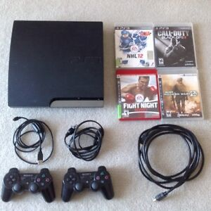 Sony Playstation 3 With Games & 2 Controllers