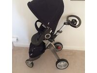 Stokke Xplory V3 in Navy, in original box, good condition, includes Carry cot £400 ono