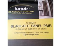 CURTAIN,BLACK OUT,2 SET AVAILABLE,NEW IN BOX FROM COSTCO(£15 EACH PAIR OR£25 x2)
