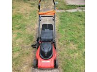 Electric mower and grass box