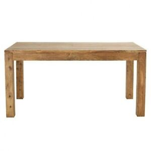 Expandable dining table in wood