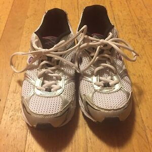 Champion Running Shoes size 7.5 women's