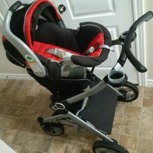 Complete Graco Travel System in EXCELLENT condition!
