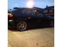 Seat Leon Cupra R 2004 black 1.8t 12 months MOT low mileage BARGAIN MAKE ME OFFERS