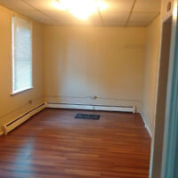COBOURG - 1 Bedroom Apartment Available