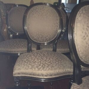 Rare set of 8 French style oval back chairs Cambridge Kitchener Area image 4