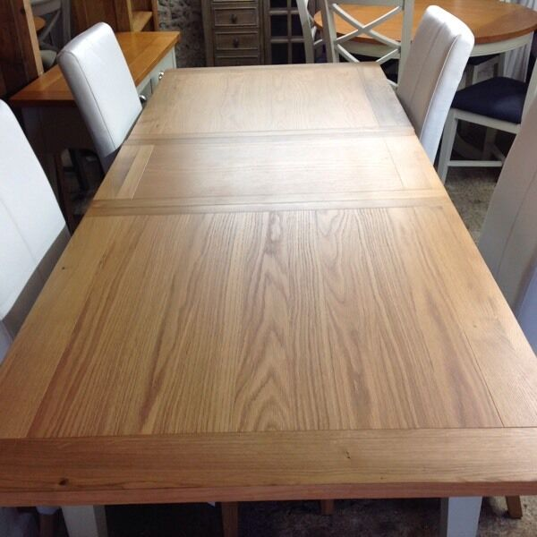 Large Oak Topped Extending Dining Table And 6 New Chairs