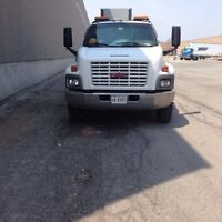 Moe towing a flatbed call for booking & quote 416 7172727