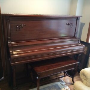 Piano **Immaculate Condition** West Island Greater Montréal image 1