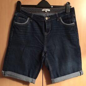 Navy Knee Length Jean Shorts. Size 12, from Peacocks.