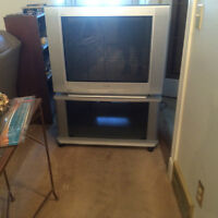 """40"""" Sony Trinitron TV - comes with matching stand - $80 OBO"""