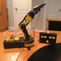 Electronic Robot Arm
