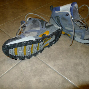 Montrail Hardrock Trail Running shoes size 9.5 Kitchener / Waterloo Kitchener Area image 2
