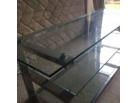 Tv/entertainment table