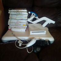 WII for sale, lots of games and accesories!