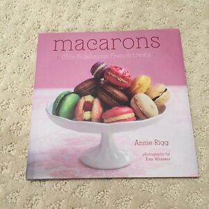 Macarons recipe book