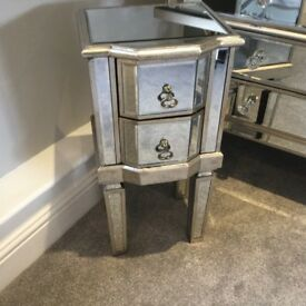 ANTIQUED EDGED MIRRORED BEDSIDES, FULL RANGE AVAILABLE.