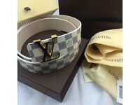 Mens chequered leather white belt amazing versace boxed with pouches care booklet