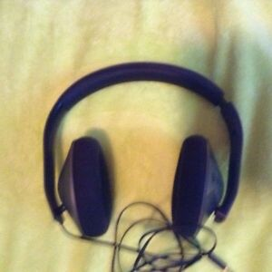 Great condition Xbox one headset (and adapter) make and offer St. John's Newfoundland image 1