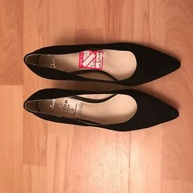 Clarks shoes size 8