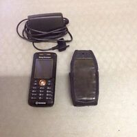 Cellular Telephone Sony Ericsson with charger & case.