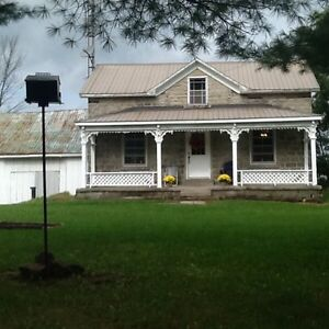 Charming Country Stone Home near Elgin