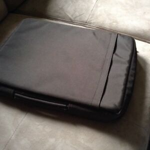 New Golla mobile life style laptop bag with Handel London Ontario image 2