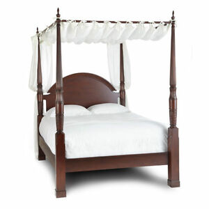 Bombay Company. Herning 4-Poster Bed – King