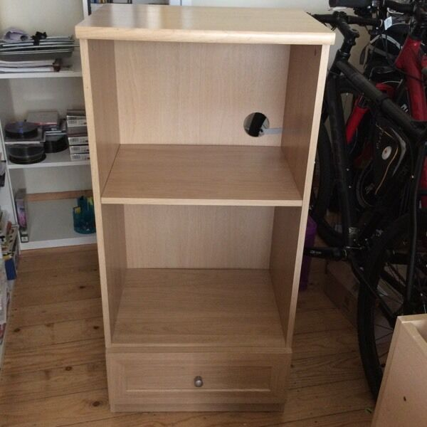 Bookcase with drawin Mansfield, NottinghamshireGumtree - Bookcase with draw.Oak style wood.Height 41 inch,Width 19.5 and depth 14.5.Excellent condition.£20