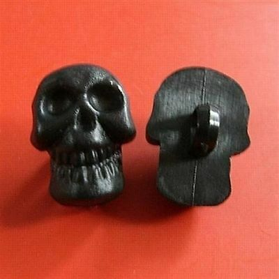 20 Skull Plastic Decor Halloween Gothic Shank Clothes Buttons Size S Black K780 - Halloween Decor Wholesale