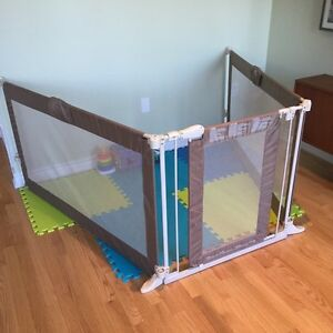 Like New - Summer Infant Custom Fit Baby Safety Gate