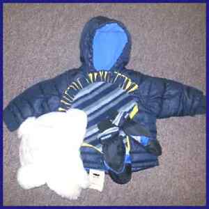 Baby Boys 12-18 months Old Navy Winter Coat NEW Wool Hat Mittens