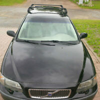 2002 Volvo V70 Wagon with good snows and roof racks