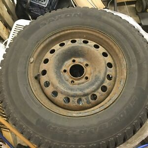 Snow tires and rims 235/70R/16 London Ontario image 1