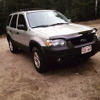 2005 Ford Escape AWD  for trade!!
