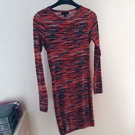 Topshop size 8 stripe bodycon long sleeved slit dress