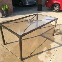 Patio table with plexiglass top